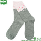 Ningbo-Großhandelsunisexbaumwolzoll-Socken