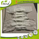 Fournisseur adulte d'OEM de la Chine d'usine de couches-culottes de qualité de soins de santé