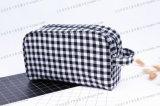 Plaid PU y Calico con bolsa interior cosmética para hoteles