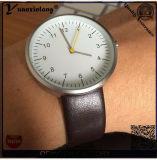 Yxl-396 승진 새로운 도착 스테인리스 Mens 시계는 소맷동 형식 실업가 손 석영 남자 시계를 방수 처리한다