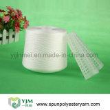 Filé de couture de polyester tourné par 100% 20/2 blanc cru sur le cône en plastique
