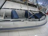 Рыбацкая лодка для потехи с сенью