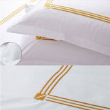 Customized Embroidery White Hotel Duvet Cover Sets (DPFB80111)