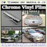 ビニールのフィルムを包む空気泡自由な金属クロムによってブラシをかけられる車