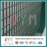 O PVC revestiu o engranzamento de fio dobro soldado Fencre do engranzamento de fio da borda cerca dobro