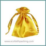 クリスマスの祝祭のためのサテンのドローストリングのギフト袋
