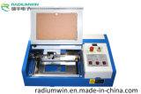 tampon en caoutchouc de laser du CO2 3020 40W faisant le prix de machine