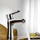 Mixer van het Water van de Tapkraan van de Hardware van de Keuken van de Gootsteen van het Roestvrij staal van Chrom de Enige