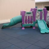 Gummifußboden-Spielplatz-Gummi deckt Matte mit Ziegeln
