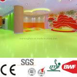 El sonido no tóxico excelente absorbe el suelo verde del vinilo de 3m m para el jardín de la infancia