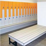 Armario de almacenaje gris claro de encargo hermoso para el gimnasio