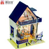 Casa de boneca de madeira encantadora do brinquedo DIY com mobília