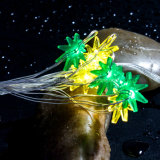 RGBの多彩な海藻は電池によって詰められた銅ストリングライトを形づけた