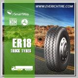 los neumáticos carro y omnibus del acoplado 11r22.5 ponen un neumático todo el neumático del terreno con el PUNTO Smartway del alcance