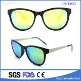 Neuer Entwerfer-Plastikrahmen polarisierte Sonnenbrillen für Metallbügel
