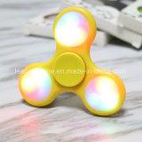 LED-Heiß-Verkaufen erwachsener entspannender Spielwaren-Blinkenhandfinger-Unruhe-Spinner Spielwaren