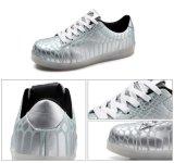 Stelde de Lichtgevende LEIDENE van de gloed Lichte Lace-up Batterij van Schoenen Unisex- LEIDENE Schoenen in werking