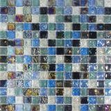 Blaue Glasmosaik-Fliese