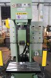 De Machine van het Ponsen van de Precisie van het type C enig-Pool in China wordt gemaakt dat