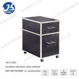 Due o tre strati con il legno nero dei cassetti con il casellario del blocco per grafici dell'acciaio inossidabile