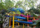 Corrediça espiral aberta da corrediça do parque da água