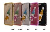 A caixa transparente a mais nova do telefone com frasco líquido
