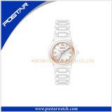 新しく熱い販売の黒の陶磁器の一義的な水晶女性女性の腕時計
