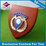 極度の品質の木の盾のプラクのトロフィが付いているカスタム金属メダル