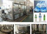 Жидкостная производственная линия машинного оборудования бутылки воды заполняя разливая по бутылкам