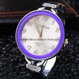 Pulsera de reloj del brazalete de las mujeres calientes de la venta