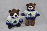 견면 벨벳 스웨터를 가진 연약한 장난감 곰