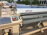 Machine de textile au sujet de manche de jet d'eau