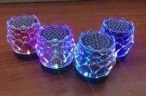 Mini altofalante portátil de cristal de Digitas Bluetooth com o cartão do USB, do TF, a função da auxina, a forma da forma e luzes coloridas