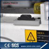 Couteau fonctionnant de commande numérique par ordinateur de gravure de découpage de contre-plaqué en plastique en bois avec le GV