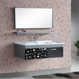 Nuova mobilia fissata al muro della stanza da bagno dell'acciaio inossidabile con lo specchio