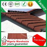 Tuile de toiture enduite en métal de sable en matériau de construction