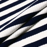 Gestreiftes Rayon-PolyesterSpandexknit-Gewebe der Oberseiten der Frauen