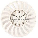 Orologio di parete del quarzo nel disegno di alta qualità