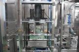 Máquina que capsula de relleno grande del agua de botella