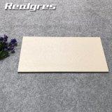 中国の磁器の建築材料完全なボディ屋外の床タイル