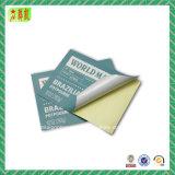 La etiqueta engomada de papel auta-adhesivo imprimió