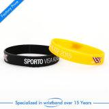 Bracelet doux de silicones d'émail de cadeau promotionnel
