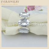 De briljante Ovale AcrylServetringen van het Bergkristal voor de Gunst van het Huwelijk