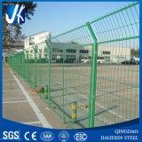 緑色の塗られた中国の卸し売り金属の鋼線の網Fenceing