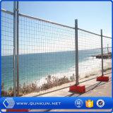 販売のために熱い販売の良質PVC上塗を施してある塀の一時に囲うこと