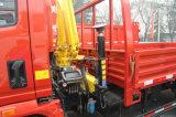 2 tonnellate di piccolo camion 2 T Sinotruk della gru di 4X2 hanno montato con la gru