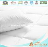 Duvet de lujo de ropa de cama del hotel de Microfiber del poliester