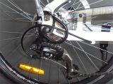 """方法26 """" Shimanoの6速度ギヤ(JSL038Z-1)が付いている電気バイク"""