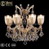 Indicatori luminosi a cristallo del lampadario a bracci del ferro dorato