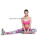 El sujetador atlético al por mayor de la compresión del desgaste se divierte los pantalones de Capris para la yoga de la gimnasia